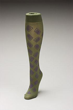 Trouser socks in Olivepurp_SQUARES