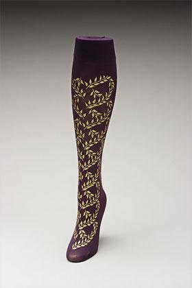 Trouser socks in PurpGold_VINES