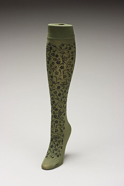Trouser socks in Oliveblk_FLOWERS