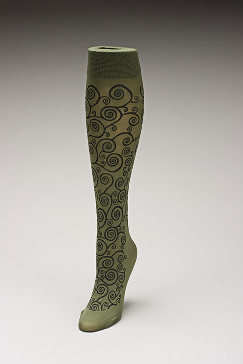 Trouser socks in Oliveblk_KLIMT