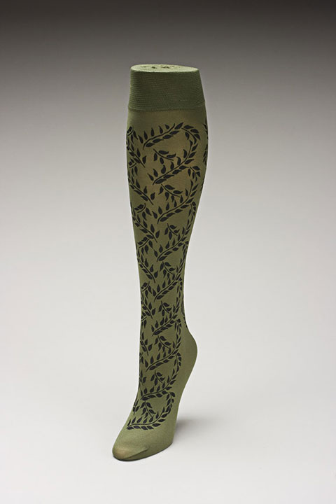 Trouser socks in Oliveblk_VINES
