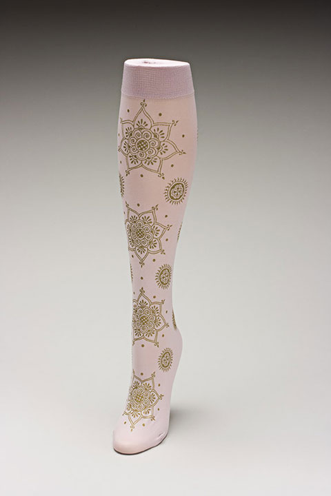 Trouser socks in PinkGold_MEHNDI